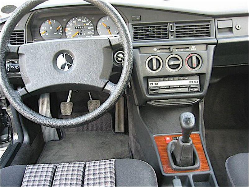 Mercedes W201 - технические характеристики, обзор, цена ...